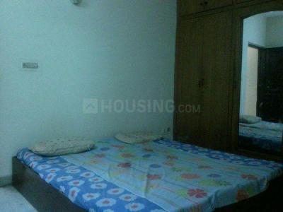 Gallery Cover Image of 1400 Sq.ft 3 BHK Independent Floor for rent in Sant Nagar for 21000