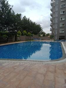 Gallery Cover Image of 1980 Sq.ft 3 BHK Apartment for rent in C V Raman Nagar for 50000