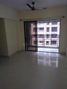 Gallery Cover Image of 650 Sq.ft 1 BHK Apartment for rent in HDIL Galaxy Apartments, Kurla East for 23000