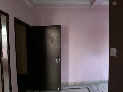 Gallery Cover Image of 630 Sq.ft 2 BHK Apartment for rent in Sector 8 Dwarka for 13500
