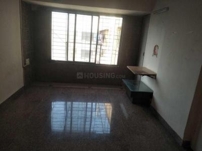 Gallery Cover Image of 650 Sq.ft 1 BHK Apartment for rent in Kandivali East for 22000