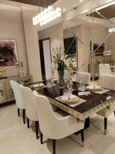 Gallery Cover Image of 1120 Sq.ft 2 BHK Apartment for buy in Chandigarh Airport Area for 4450000