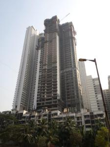 Gallery Cover Image of 1200 Sq.ft 2 BHK Apartment for buy in Malad East for 21000000