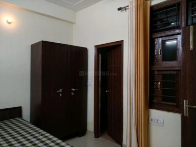 Gallery Cover Image of 190 Sq.ft 1 RK Apartment for rent in Sector 17 for 10000