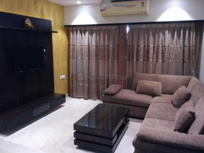 Gallery Cover Image of 1500 Sq.ft 3 BHK Apartment for rent in Borivali East for 65000