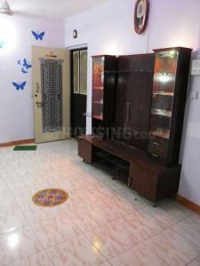 Gallery Cover Image of 565 Sq.ft 1 BHK Apartment for rent in Kandivali East for 18000