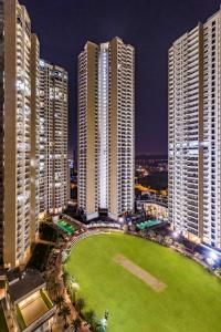 Gallery Cover Image of 2854 Sq.ft 4 BHK Apartment for buy in Runwal Greens, Bhandup West for 47500000