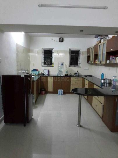 शोलिंगनल्लूर में दीपा पीजी के किचन की तस्वीर