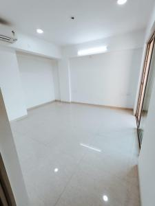 Gallery Cover Image of 1350 Sq.ft 3 BHK Apartment for buy in Satguru Florence, Kasarvadavali, Thane West for 14500000