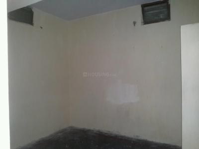 Gallery Cover Image of 250 Sq.ft 1 RK Apartment for rent in Valasaravakkam for 3500