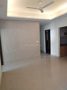 Gallery Cover Image of 1730 Sq.ft 3 BHK Apartment for rent in Mahagun Mirabella, Sector 79 for 25000