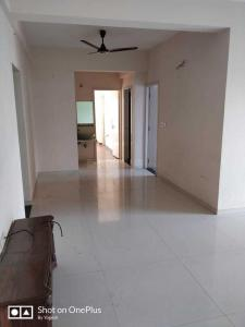 Gallery Cover Image of 1000 Sq.ft 2 BHK Apartment for rent in Shela for 13000