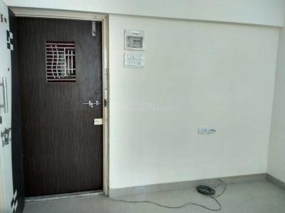 Gallery Cover Image of 500 Sq.ft 1 BHK Apartment for rent in Lokhandwala Sai Milan, Worli for 30000
