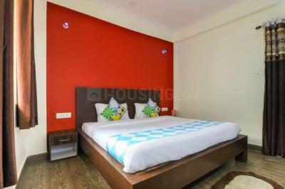 Gallery Cover Image of 1100 Sq.ft 2 BHK Independent House for buy in Golf City for 6200000
