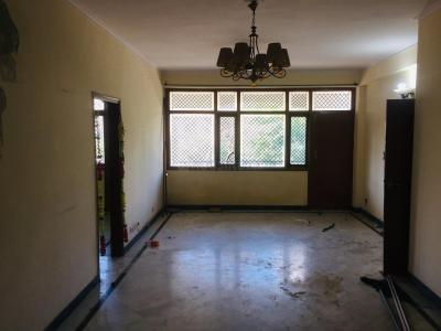 Gallery Cover Image of 1800 Sq.ft 3 BHK Independent Floor for buy in Sector 3 for 9000000
