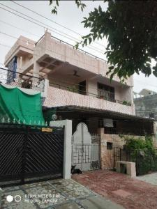 Gallery Cover Image of 1800 Sq.ft 7 BHK Independent House for buy in Kalyanpur for 14000000