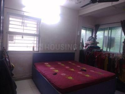Gallery Cover Image of 530 Sq.ft 1 BHK Apartment for rent in Kandivali West for 26000