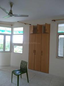 Gallery Cover Image of 1600 Sq.ft 3 BHK Apartment for rent in Sector 12 Dwarka for 26000