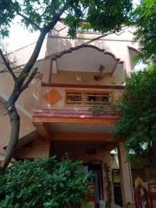 Gallery Cover Image of 1500 Sq.ft 3 BHK Independent House for buy in Kamalaprasad Nagar for 12000000