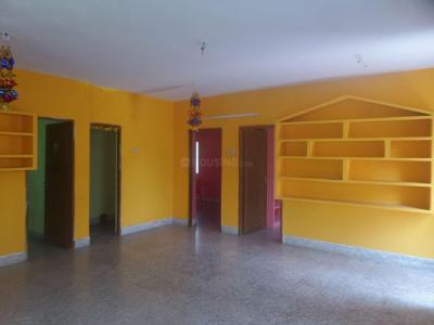 Gallery Cover Image of 1200 Sq.ft 2 BHK Apartment for rent in Valasaravakkam for 15000