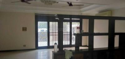 Gallery Cover Image of 5000 Sq.ft 5 BHK Independent House for rent in Sector 17 for 100000
