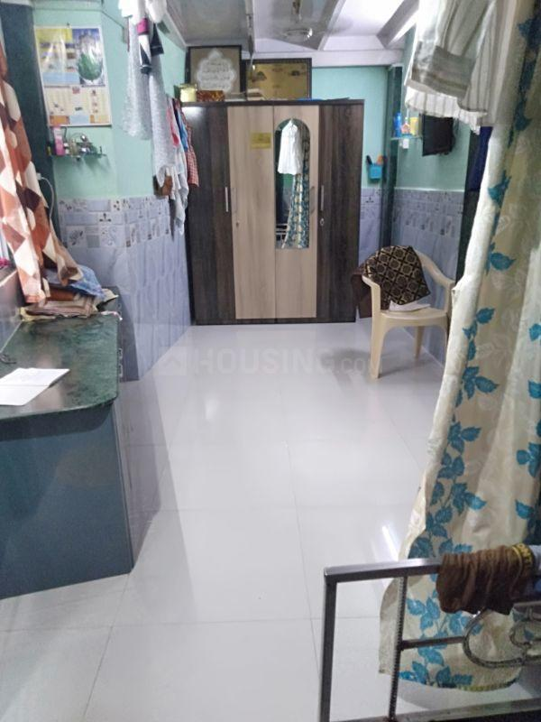 Living Room Image of 325 Sq.ft 1 BHK Independent House for rent in Andheri East for 25000
