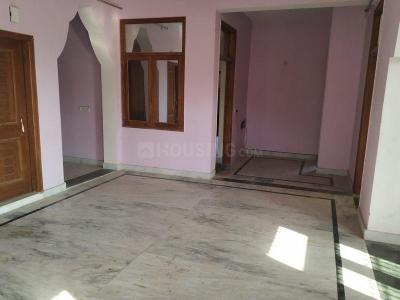 Gallery Cover Image of 2165 Sq.ft 3 BHK Independent House for rent in Gamma I Greater Noida for 17000