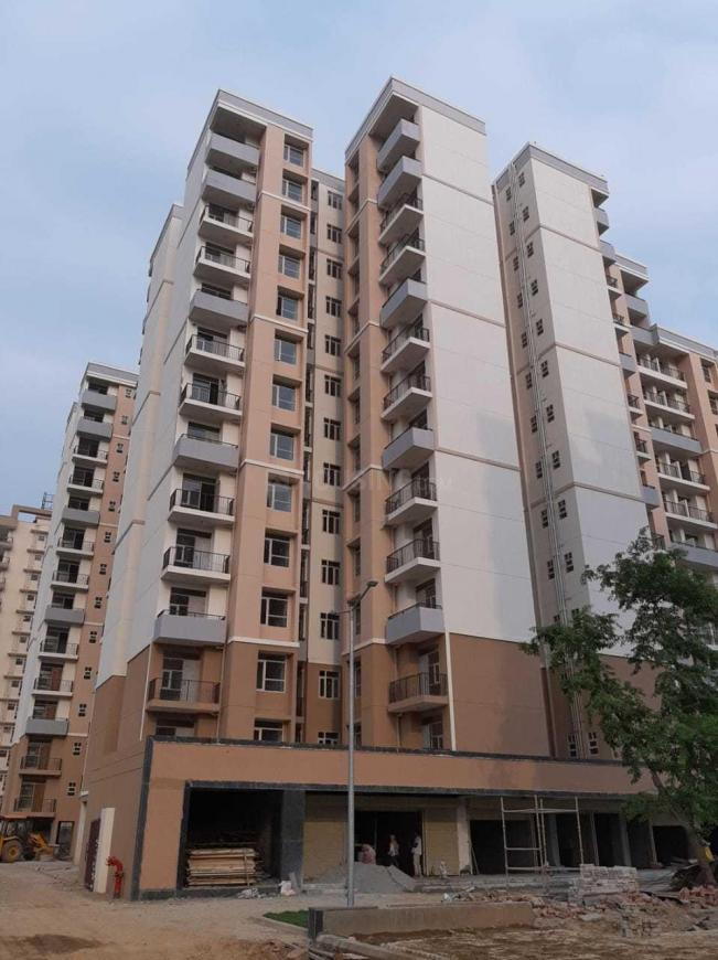 Building Image of 500 Sq.ft 1 BHK Apartment for buy in Sector 82 for 1500000