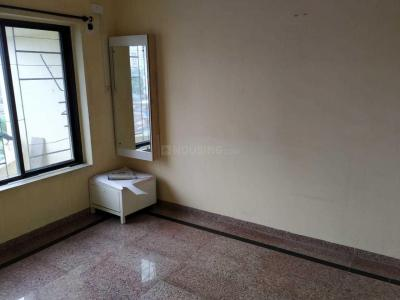 Gallery Cover Image of 600 Sq.ft 1 BHK Apartment for rent in Kandivali West for 21000