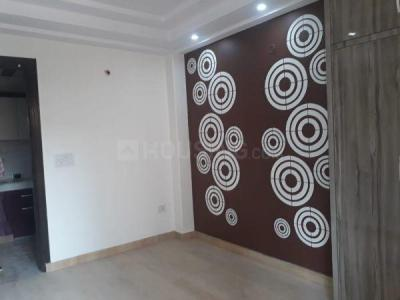 Gallery Cover Image of 900 Sq.ft 3 BHK Apartment for buy in Bharat Vihar for 3500000
