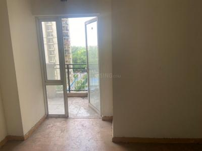 Gallery Cover Image of 1570 Sq.ft 3 BHK Apartment for rent in DLF Capital Greens, Karampura for 40000