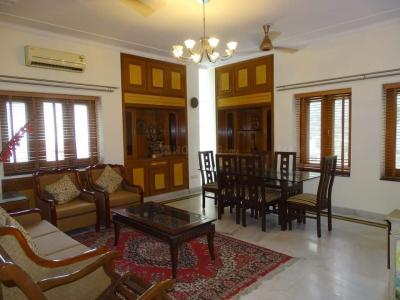 Gallery Cover Image of 2400 Sq.ft 2 BHK Independent Floor for rent in RWA East of Kailash Block E, Greater Kailash for 65000