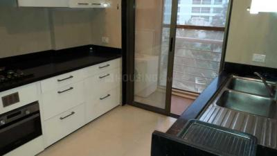 Gallery Cover Image of 1100 Sq.ft 2 BHK Apartment for rent in Bandra West for 82000