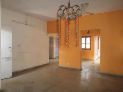 Gallery Cover Image of 1150 Sq.ft 2 BHK Apartment for rent in Sarita Vihar for 24000