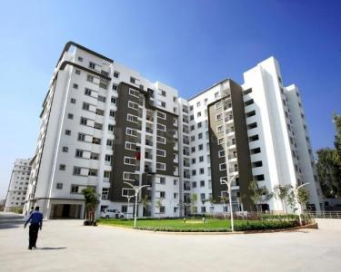 Gallery Cover Image of 1632 Sq.ft 2 BHK Apartment for rent in  Bren Avalon, Kartik Nagar for 24000