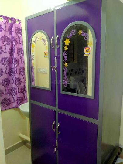 Bedroom Image of Jai Sri Ram Mens Hostel in Thoraipakkam