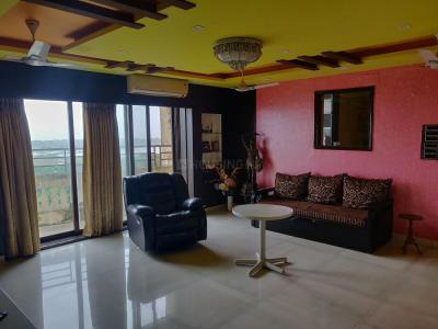Gallery Cover Image of 3200 Sq.ft 4 BHK Apartment for rent in Seawoods for 110000