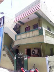 Gallery Cover Image of 1450 Sq.ft 5 BHK Independent House for buy in Kodambakkam for 8500000