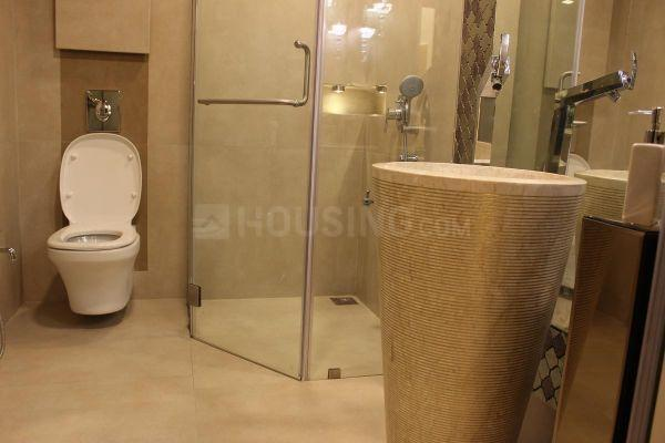 Bathroom Image of 1400 Sq.ft 2 BHK Apartment for rent in Goregaon East for 48000