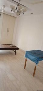 Gallery Cover Image of 1150 Sq.ft 2 BHK Independent Floor for rent in Chittaranjan Park for 35000