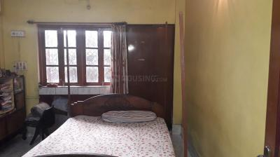 Bedroom Image of Royal Girls PG in Satchashipara