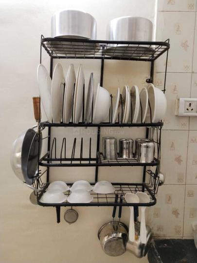 ऐरोली में पी. जी होम के किचन की तस्वीर