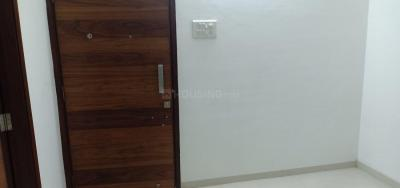 Gallery Cover Image of 700 Sq.ft 2 BHK Apartment for buy in Mulund East for 13000000