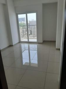 Gallery Cover Image of 1475 Sq.ft 3 BHK Apartment for buy in Gulshan Botnia, Sector 144 for 8000000