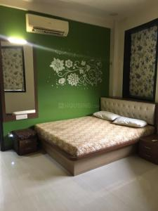 Gallery Cover Image of 1200 Sq.ft 3 BHK Apartment for rent in Sion for 77000