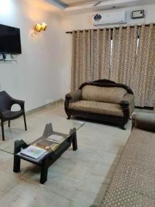 Gallery Cover Image of 2250 Sq.ft 3 BHK Apartment for rent in Acon Premia 2, Kishanpur for 35000