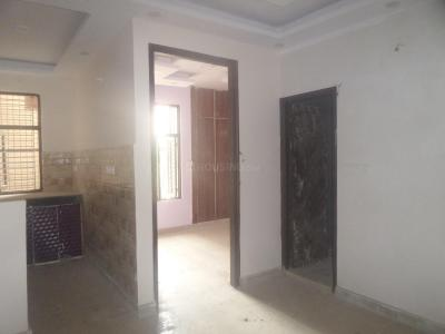 Gallery Cover Image of 450 Sq.ft 2 BHK Apartment for rent in Matiala for 8000