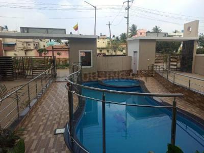 Gallery Cover Image of 1215 Sq.ft 2 BHK Apartment for buy in Krishnarajapura for 6300000