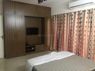 Gallery Cover Image of 1100 Sq.ft 2 BHK Apartment for rent in Noida Extension for 7500