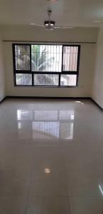 Gallery Cover Image of 1220 Sq.ft 3 BHK Apartment for rent in Juhu for 90000